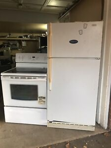Excellent working Fridge/Stove can DELIVER