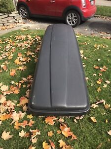 Thule Box Adventurer for Skis and Boards