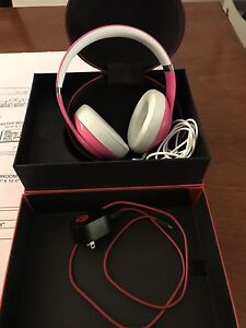 Beats Studio Wired OverEar Headphones - Pink