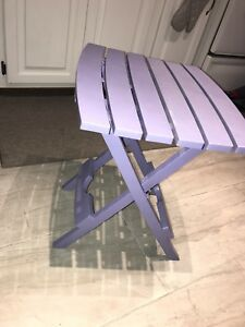 Folding side tables