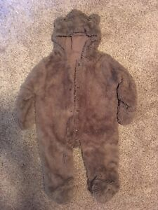 EUC 6-12 month winter teddy bear outfit !