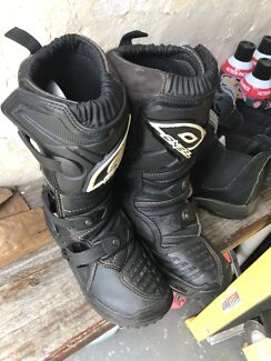 ONEAL Motocross Boots (size 3)