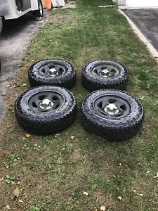 4 goodyear wrangler duratrac off 2007 Dodge Dakota
