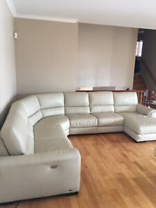 Natuzzi Editions 6 pc leather sectional