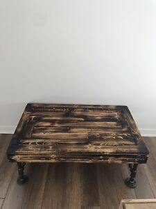 Beautiful wood furniture rustic and modern !