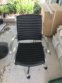 ZQRACING Ultra Series Office Gaming Chair As New Condition