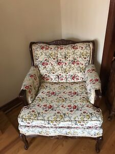 Old antique vintage couch and chair