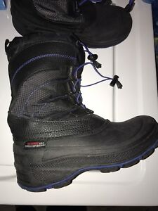 Boys Winter Boots - Size 5
