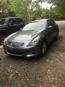 2011 Infiniti G37X - AWD 7 speed automatic