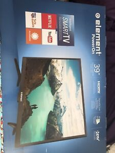 """New 39"""" Element TV with PS4 + 2 controllers"""
