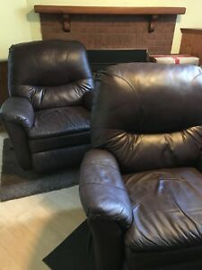2 ITALIAN LEATHER RECLINERS