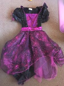 Brand new unused size 6 spider dress Rochedale South Brisbane South East Preview