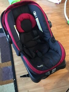 Safety 1st stroller / car seat duo