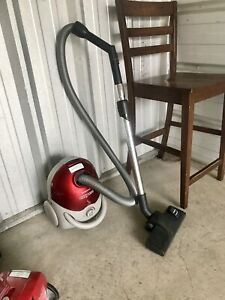 Samsung Canister Vacuum Can Deliver
