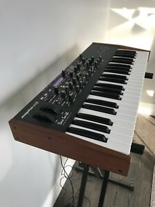 Dave Smith Mopho X4 - Mint