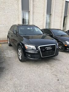 2012 Audi Q5 3.2L  *LOW KM* Premium Package