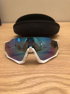 f8043bd4663 Brand New Oakley Flight Jacket