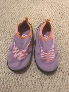 Girls' Size 13 Water Shoes - Mauve/Pink