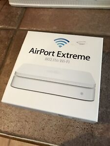 Apple AirPort Extreme 802.11n Wi-Fi MacBook iPhone IPad