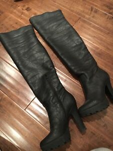 Leather Boots GUESS (Real Leather and Fur)