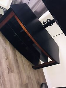 Glass TV stand like new