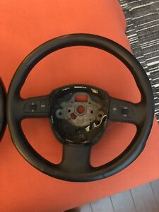 2 audi steering wheels from 2008 A4