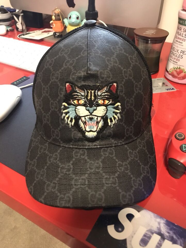 Gucci GG Supreme Angry cat Hat  d2a76803d7e0