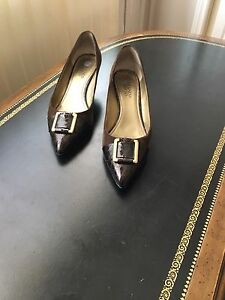 Brown pump Shoes Size 10