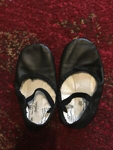 Black ballet shoes -size 9