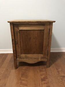 Antique Side / End Table (Dry Sink or Commode)