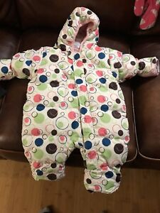Baby carrier, snowsuits and car seat cover