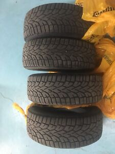 "16"" Winter tire  215/60/16"