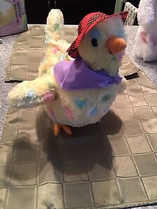 Easter Hen that lays eggs!