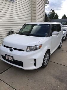 2012 White Scion XB for sale-REDUCED