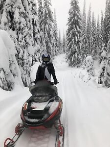 2002 Polaris rmk 800 vertical edge 151