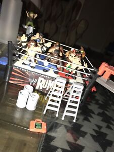 WWE Rumblers (15 figures, ring and accessories)
