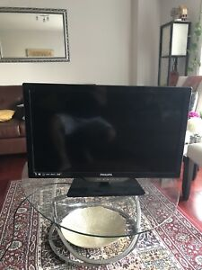 Philips LED TV 28 inches