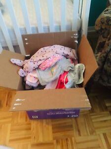 Vêtements bébé fille 3-6 mois (75 morceaux au total)