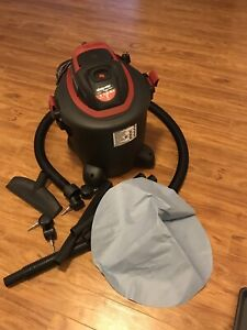 Industrial Shop Vac 5 Gallons Brand New