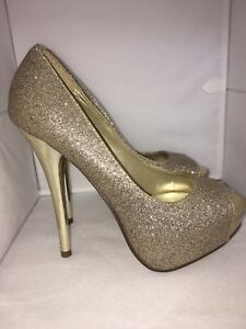 Glittery Gold sexy sophisticated heels - size 6 or 6.5