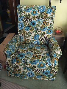Flower reclining chair