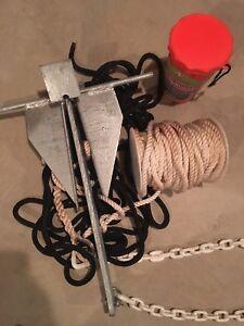 Ancre de bateau avec corde et trousse de secours. Bon prix.