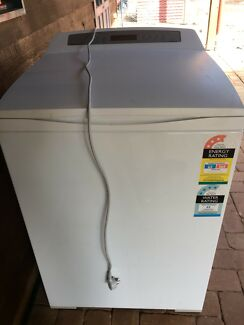 Wanted: 8 kg Fisher and Paykel washing machine