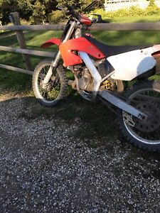 2001 cr 125 has full rebuild top and bottom