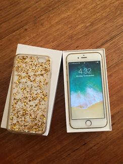 Apple iPhone 6s - 64GB Gold Smartphone- mint condition