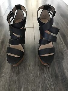 Black and brown faux leather heel