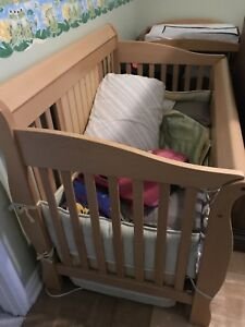 3in1 Baby Crib made by Caramia