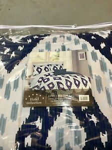 New Hotel Collection 8 Piece Bedding-$120