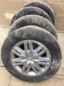 225 65R17 Michelin Tires & Chrysler Town&country