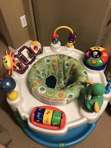 Baby Einstein activity center like new